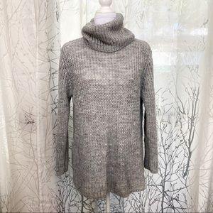 Brandy Melville knit turtleneck sweater size S/M